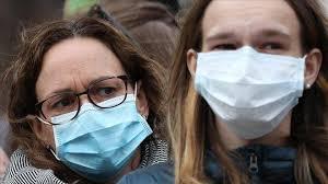 Photo of إصابات أكثر ووفيات أقل.. ماذا يحدث الآن لفيروس كورونا؟