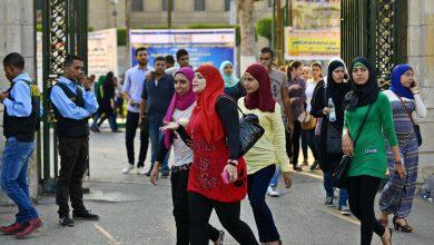 Photo of محكمة مصرية تعزل أساتذة جامعيين من وظائفهم بعد تورطهم في ابتزاز طلبة